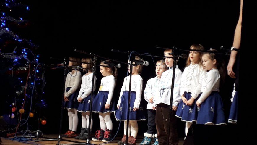 Występ przedszkolaków podczas Koncertu Galowego Spotkań z Kolędą